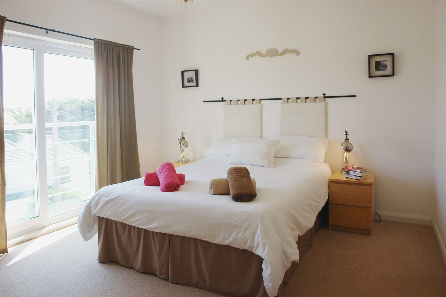 11 Hawkers Court Bedroom With View