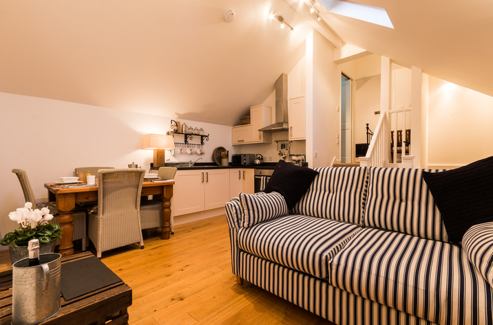 Holiday Cottage Reviews for 3 Harbour View - Holiday Cottage in Salcombe, Devon