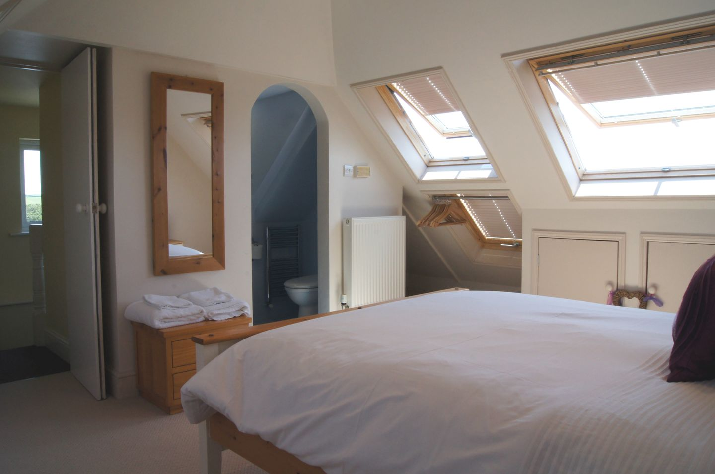 7 Park Road Fowey Ensuite Double Bedroom