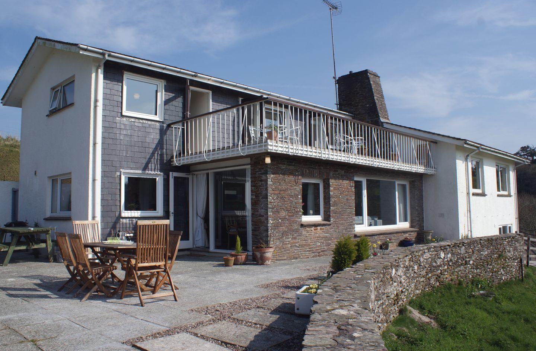 Ayrmer house kingsbridge devon holiday cottage reviews for Kingsbridge house