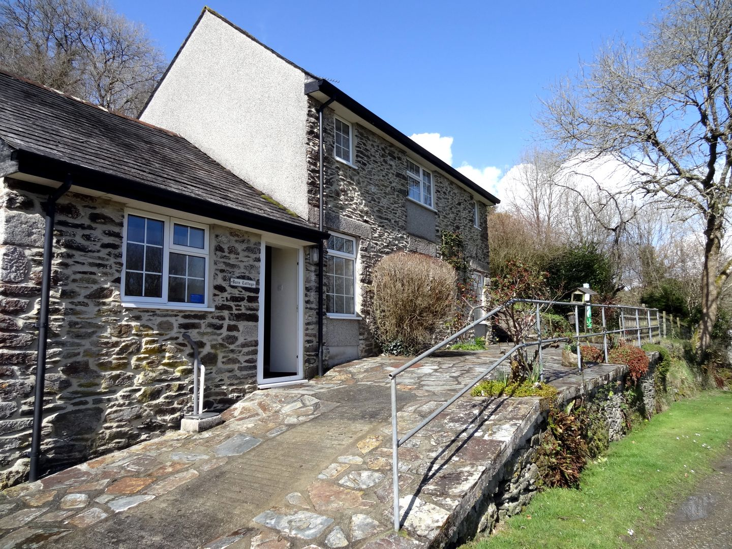 Holiday Cottage Reviews for Barn Cottage - Cottage Holiday in Pelynt, Cornwall inc Scilly