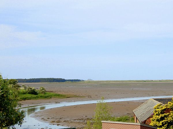 Bay View Holiday Cottage Waren Mill2