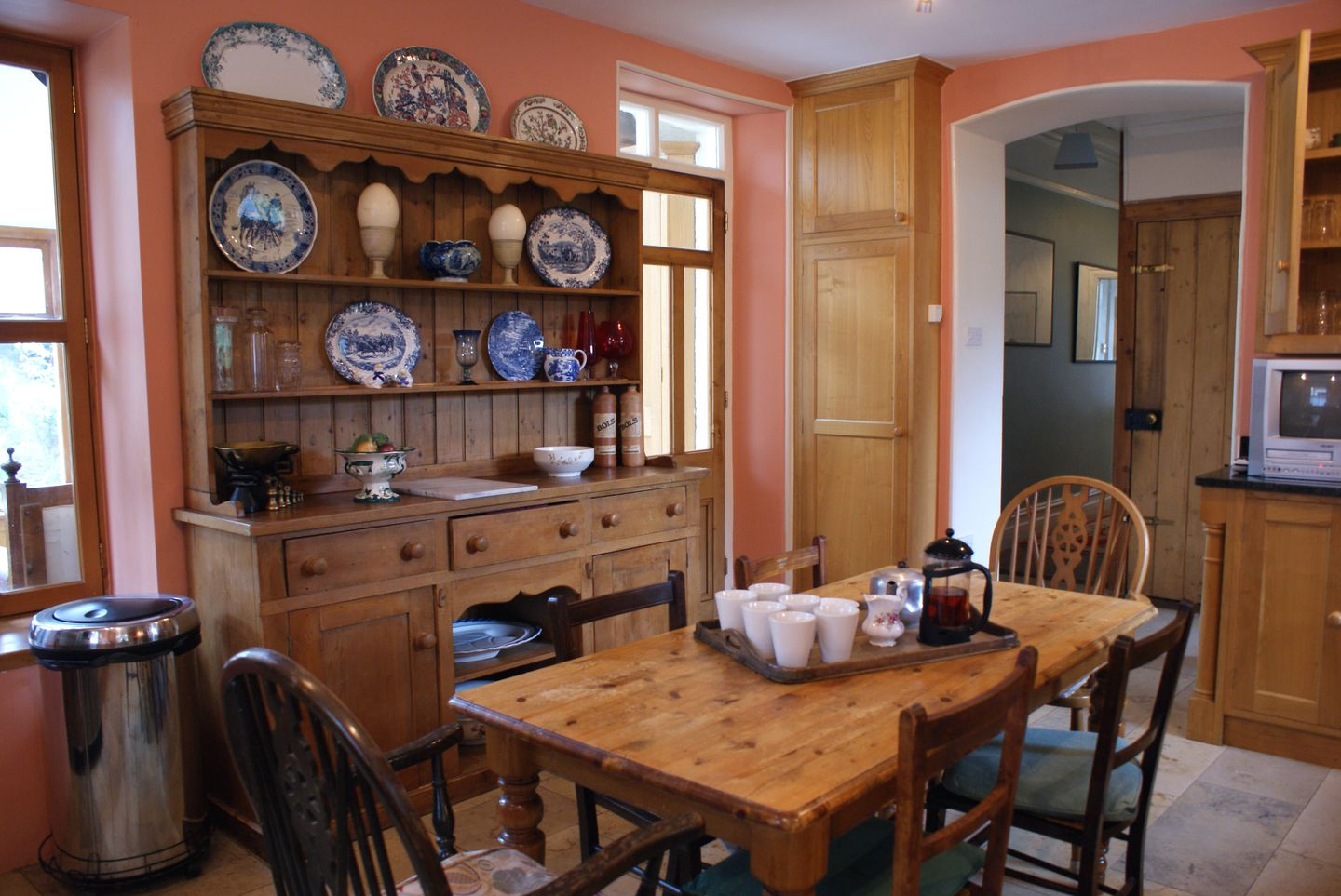 Beechlands Chagford Kitchen Table