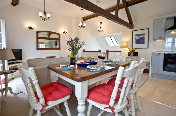Bellcottage Sidmouth Devon Diningtable