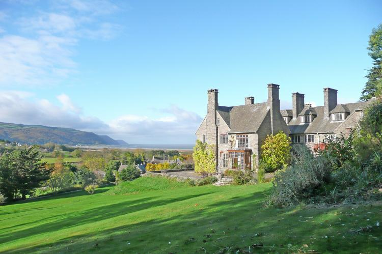 Holiday Cottage Reviews for Bossington Hall - Self Catering Property in Porlock, Somerset
