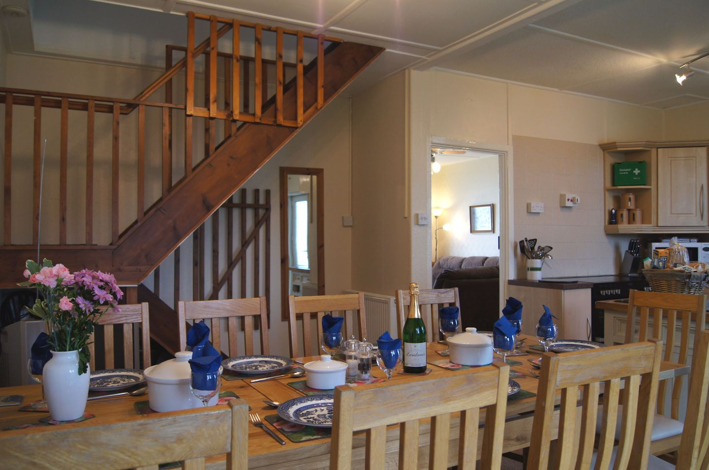 Carsilgey Gwithian Towans Dining Area To Stairs