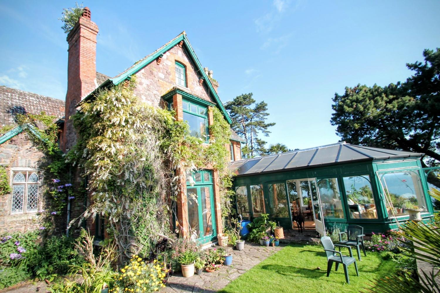Holiday Cottage Reviews for Chapel Knap - Self Catering Property in Minehead, Somerset