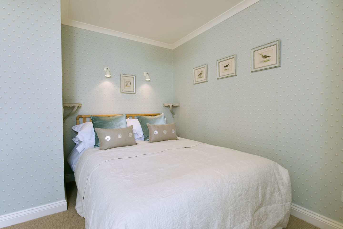 Coach House Cottage Strete Double Bedroom