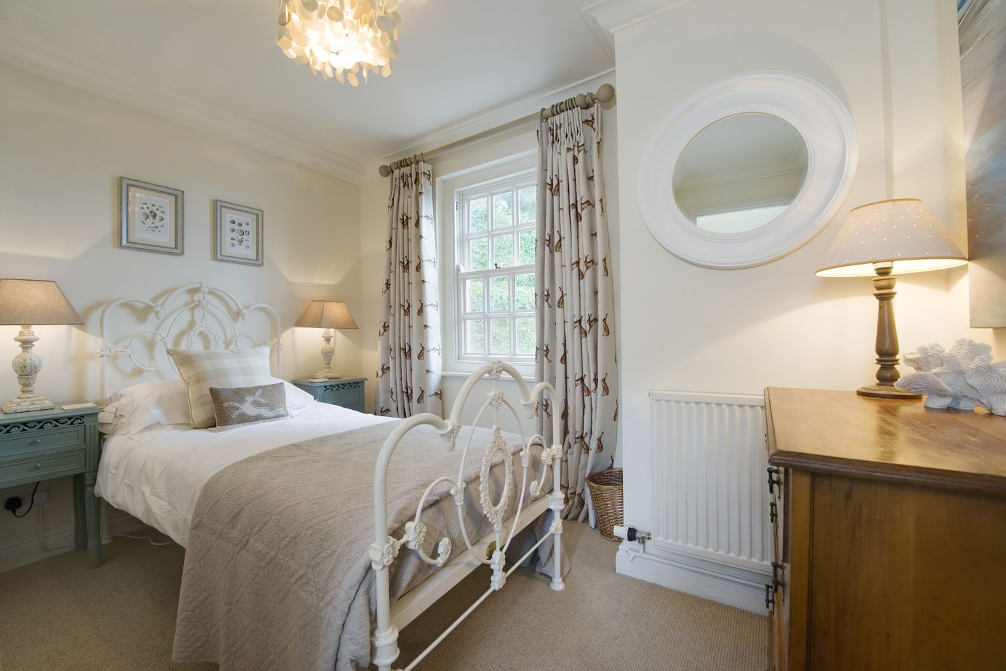 Coach House Cottage Strete Master Double Bedroom