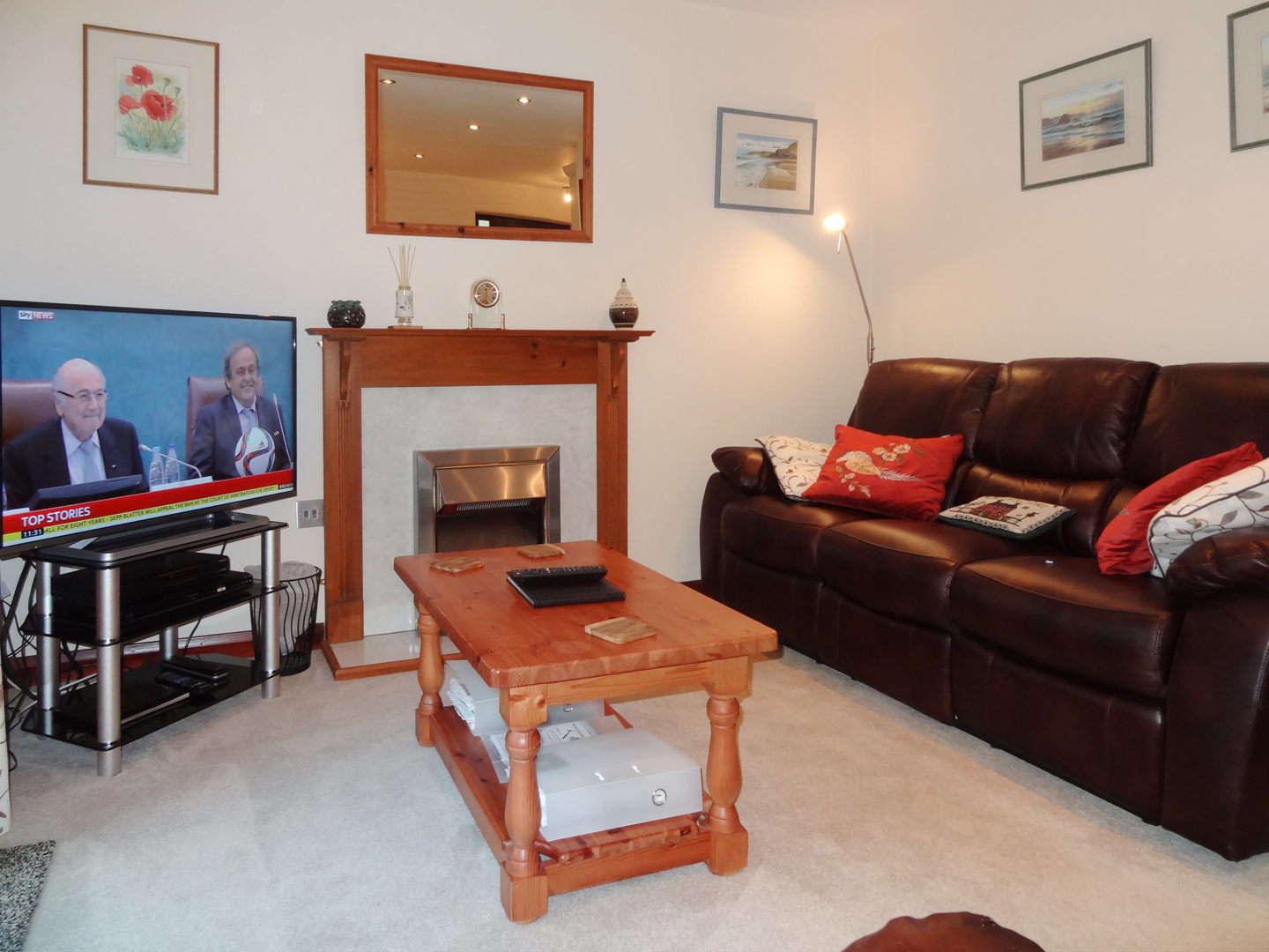 Columbine Cottage Bude Lounge With Tv