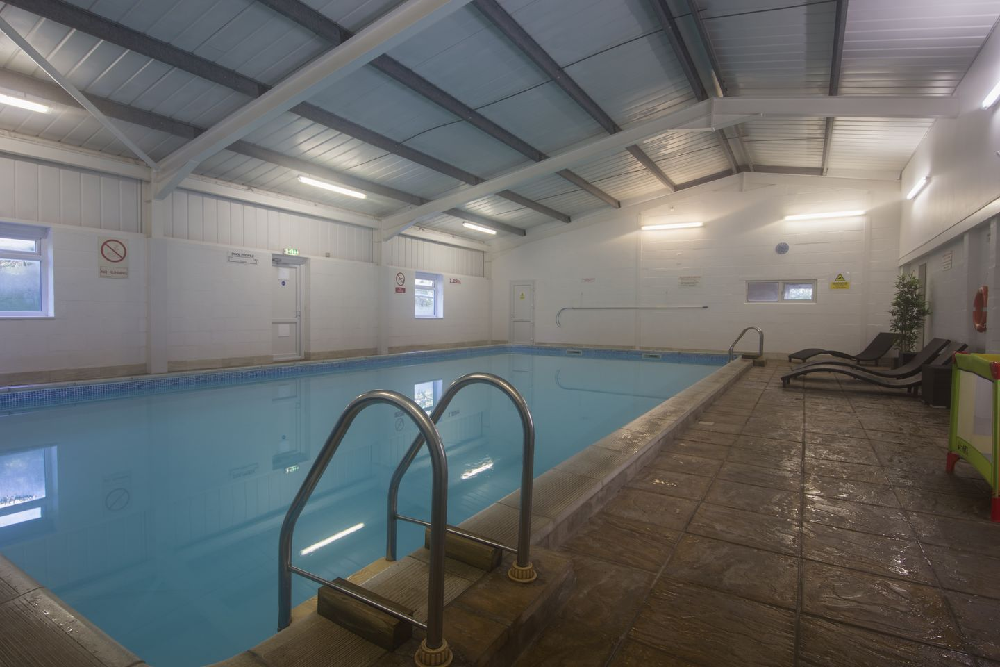 Columbine Cottage Bude Swimming Pool