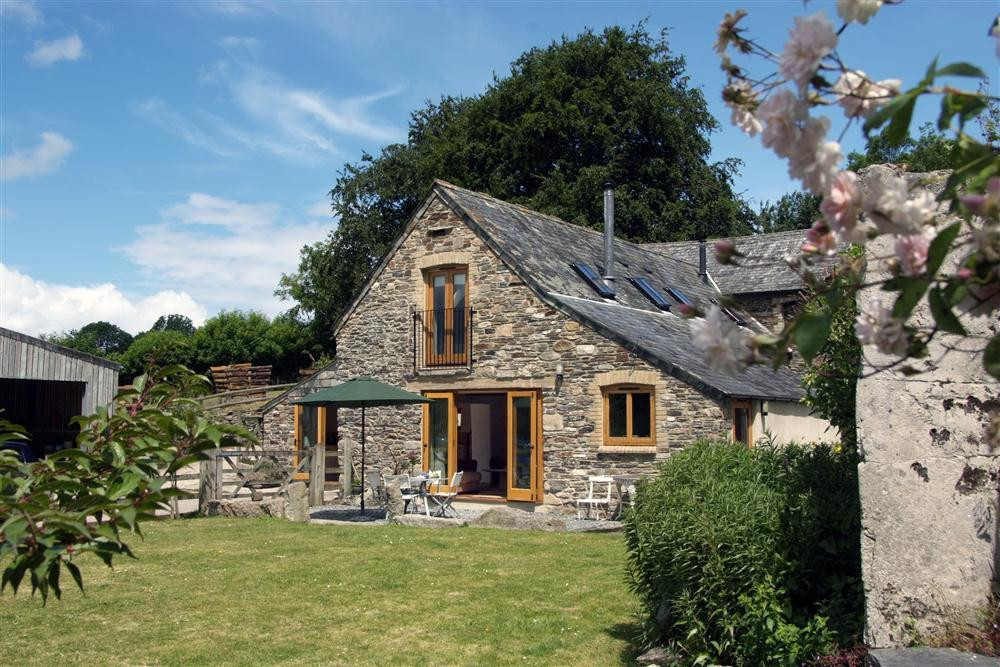 Holiday Cottage Reviews for Comfort Wood Cottage - Holiday Cottage in Calstock, Cornwall inc Scilly
