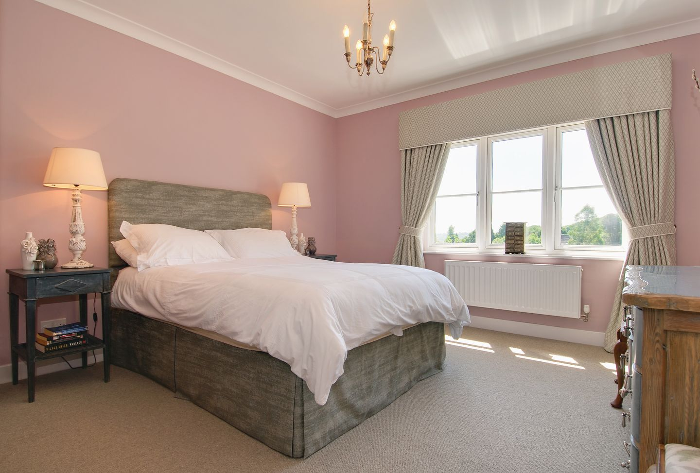 Compton House Pink Double Bedroom