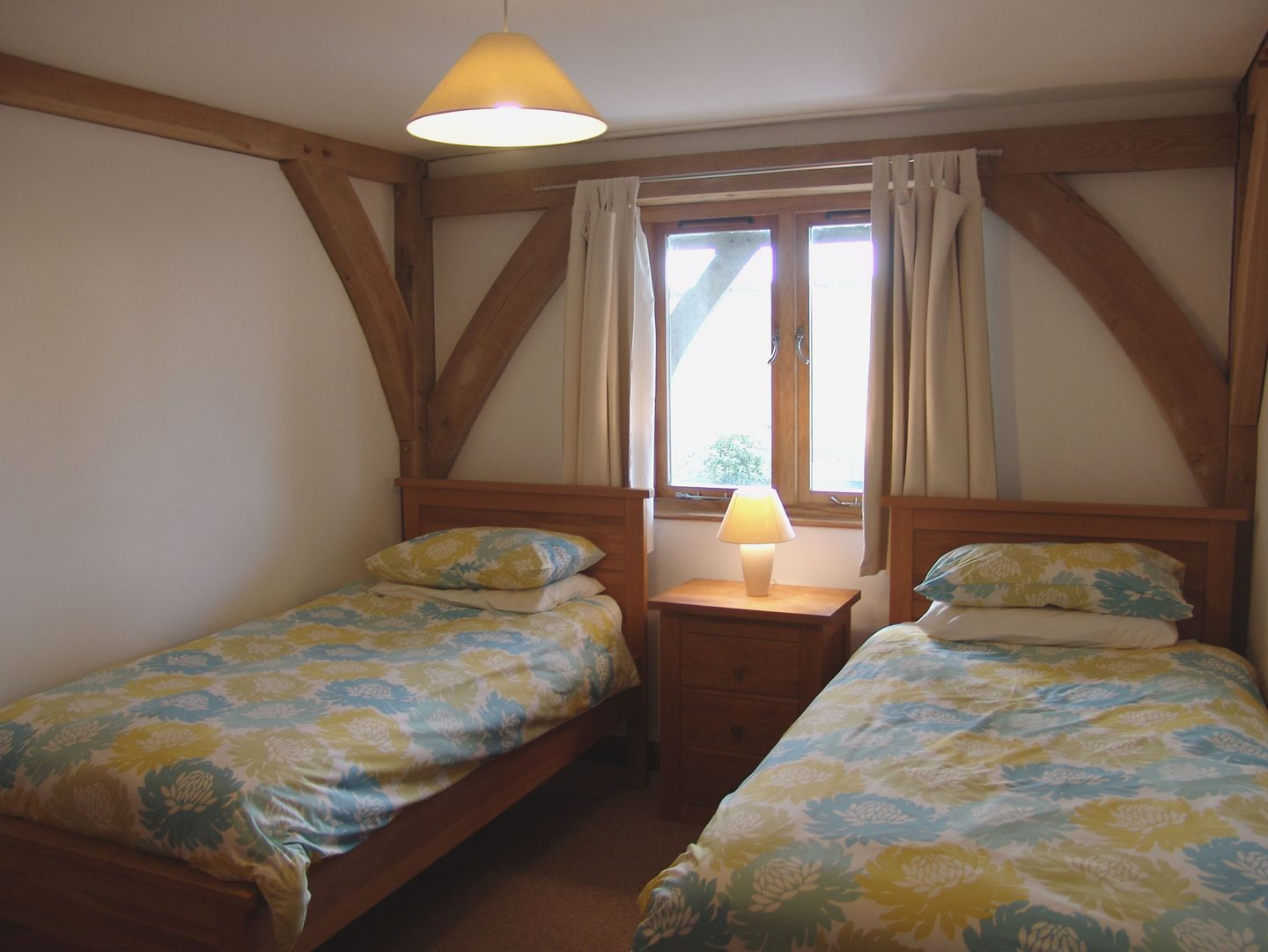 Craken Wartha Crackington Haven Twin Bedroom