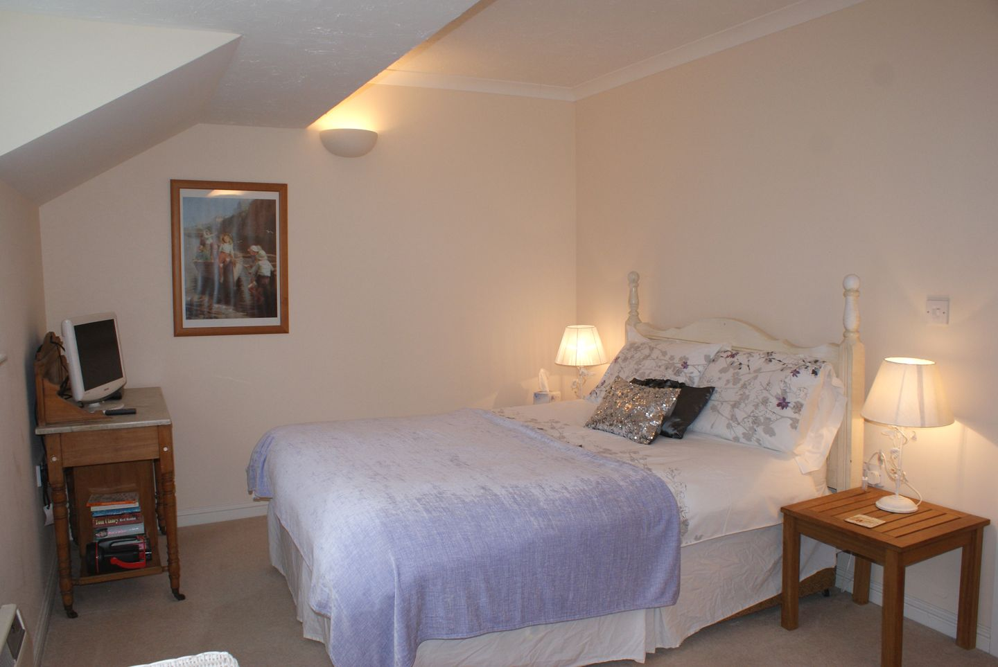 Duck Bay Maenporth Double Bedroom