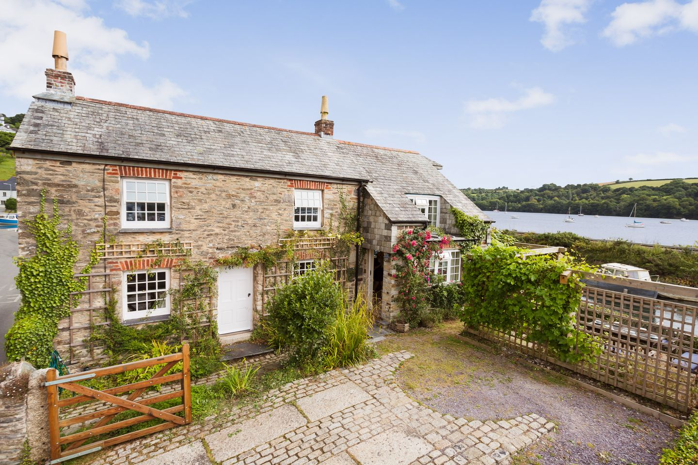 Holiday Cottage Reviews for Island House - Holiday Cottage in Golant, Cornwall inc Scilly