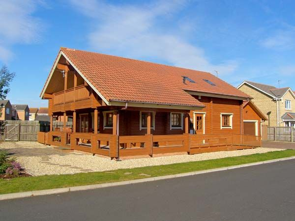 Holiday Cottage Reviews for Jamaal Lodge - Holiday Cottage in Amble, Northumberland