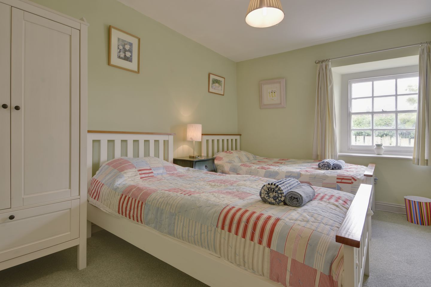 Kammneves Cottage Trelights Twin Bedroom