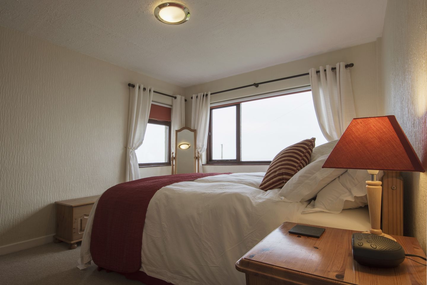 Kingswood Whitsand Bay Double Beds