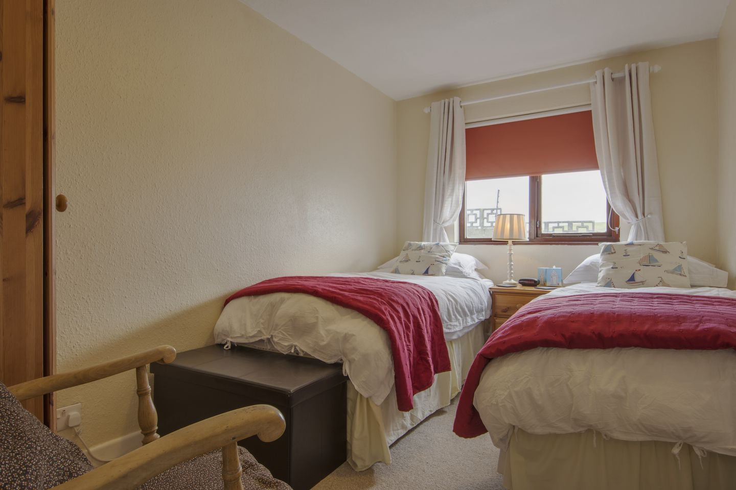 Kingswood Whitsand Bay Twin Bedrooms