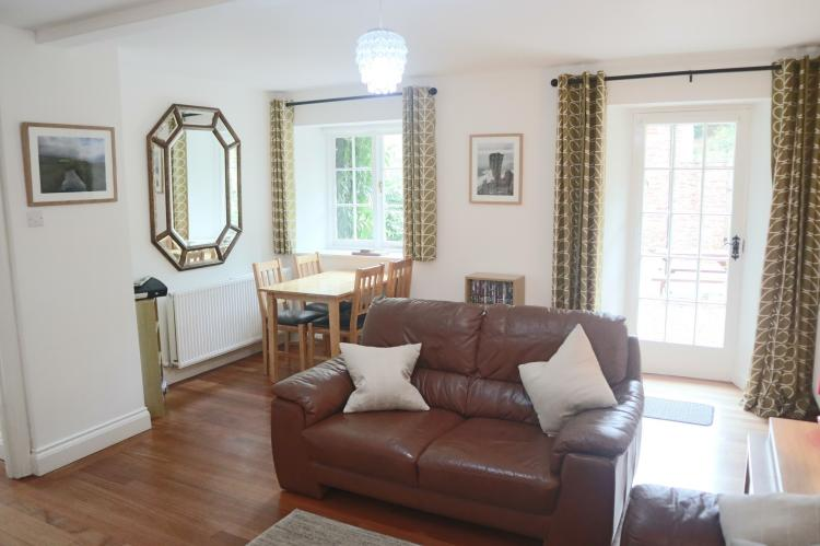 Luccombe Holiday Cottage14