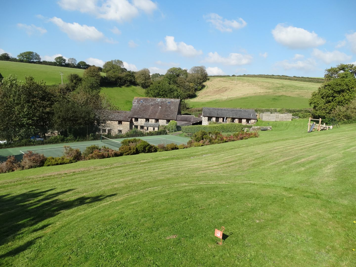 Holiday Cottage Reviews for Lupin - Self Catering Property in Sherford, Devon