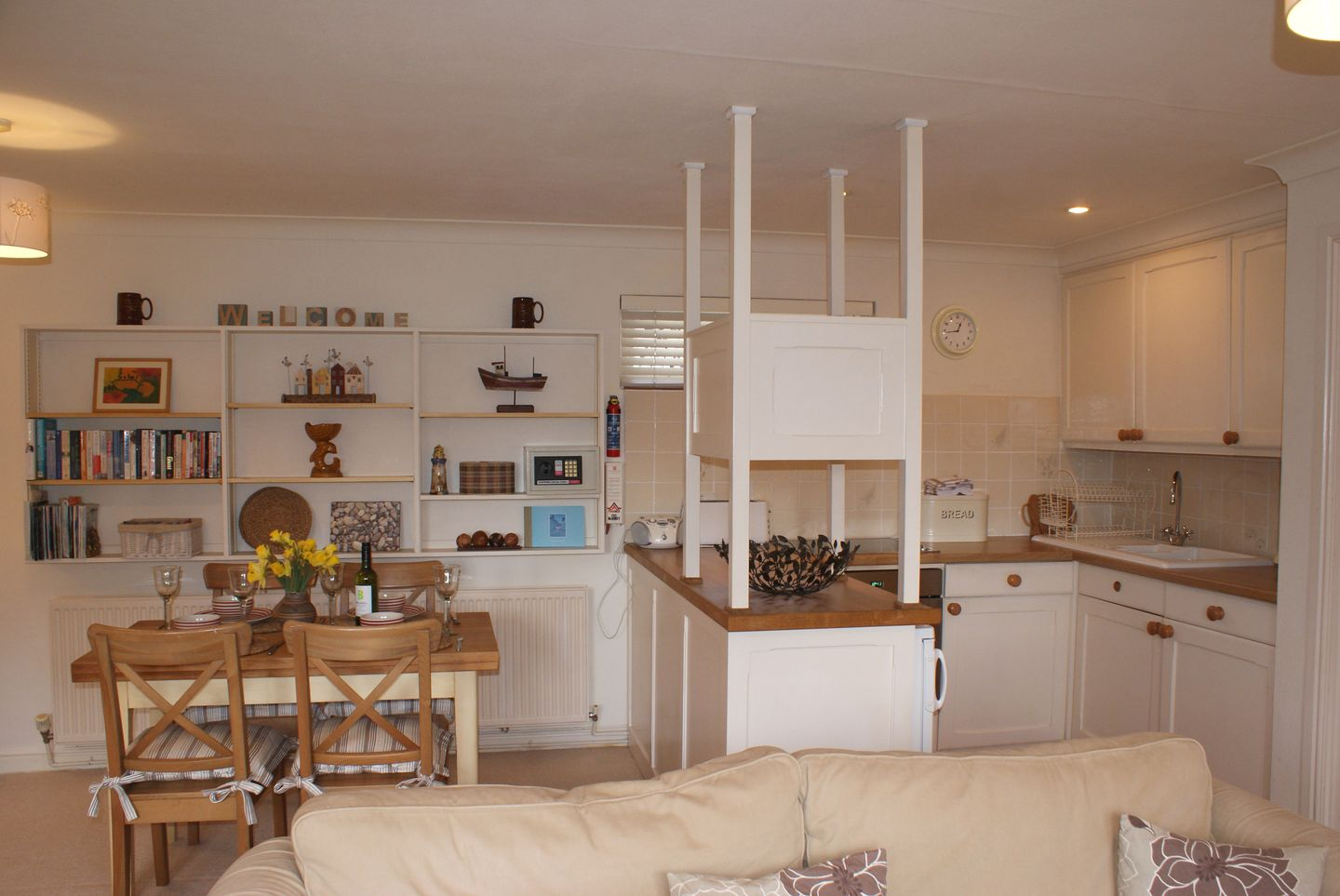Lupin Holiday Cottage Sherford Kitchen