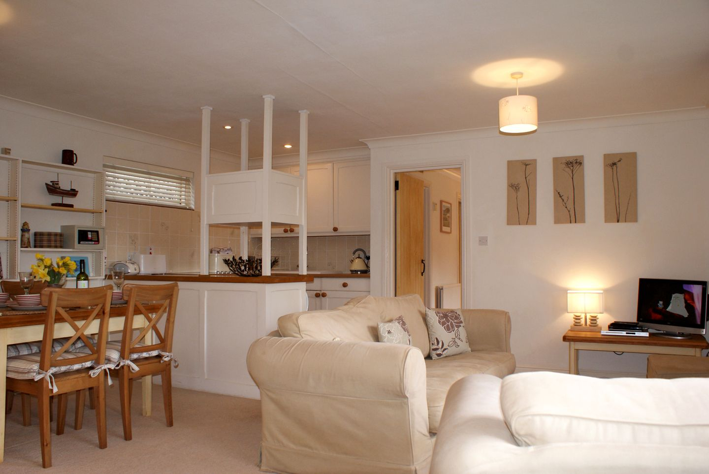 Lupin Holiday Cottage Sherford Open Plan Living