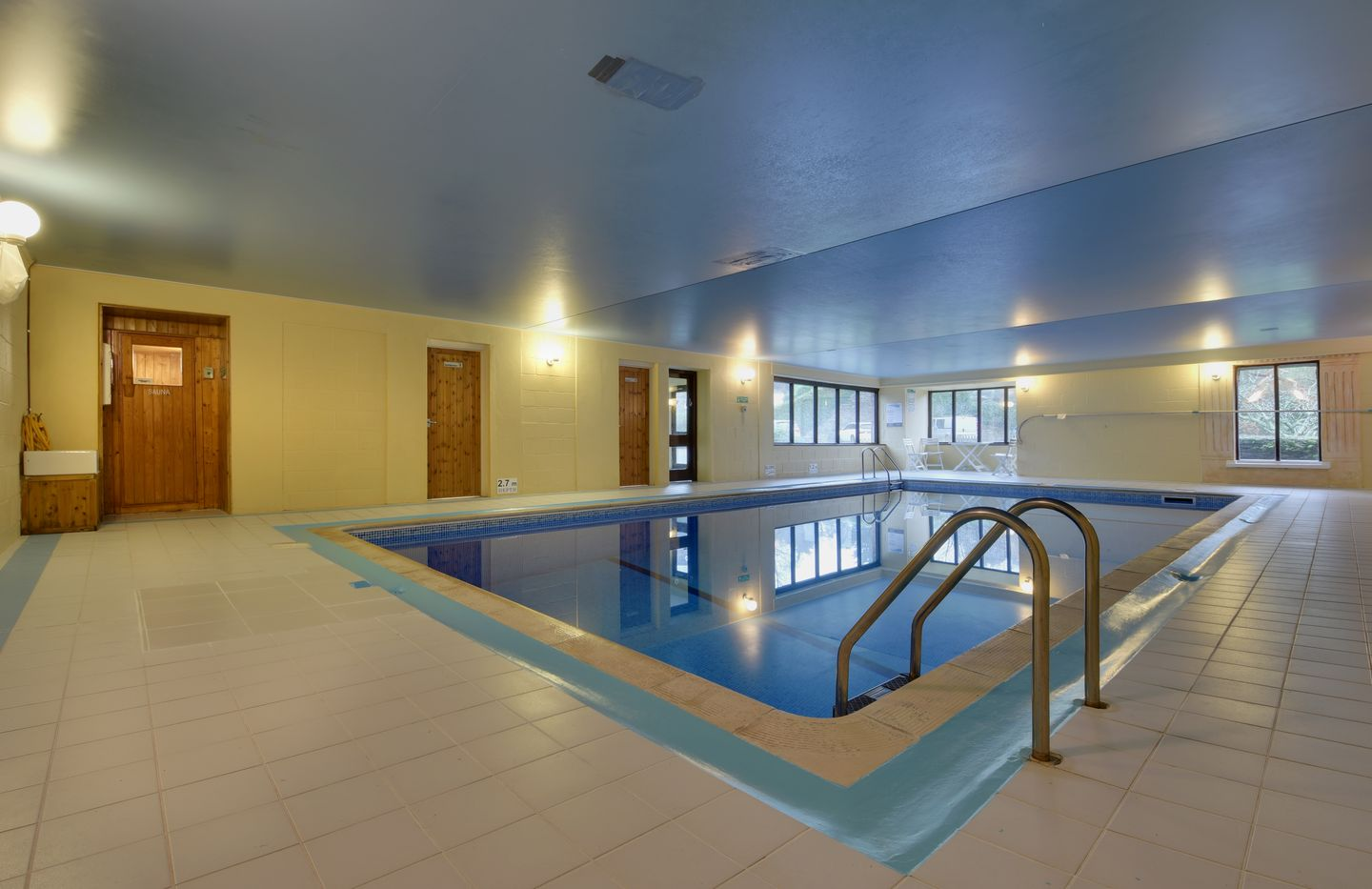 Lupin Holiday Cottage Sherford Swimming Pool