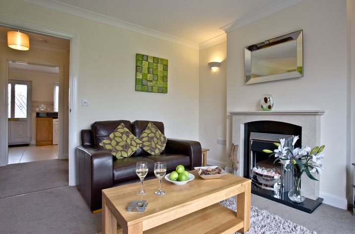 Holiday Cottage Reviews for Mallard Cottage, Lakeview Cottages - Self Catering in Bridgwater, Somerset