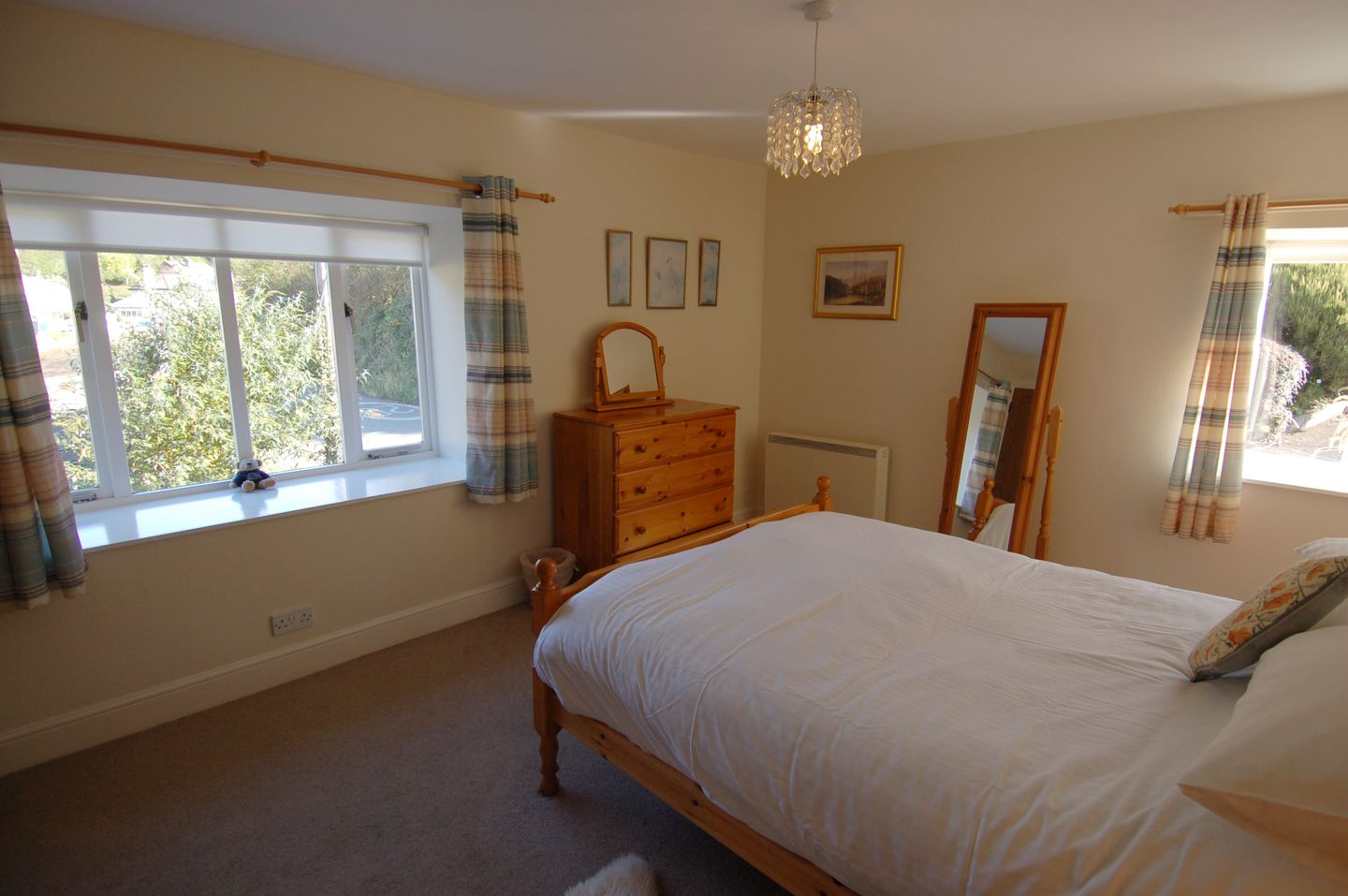 Mallards Holiday Cottage Newton Ferrers Double Bedroom