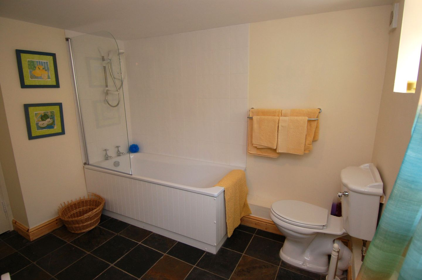 Marley Holiday Cottage Porlock Family Bathroom