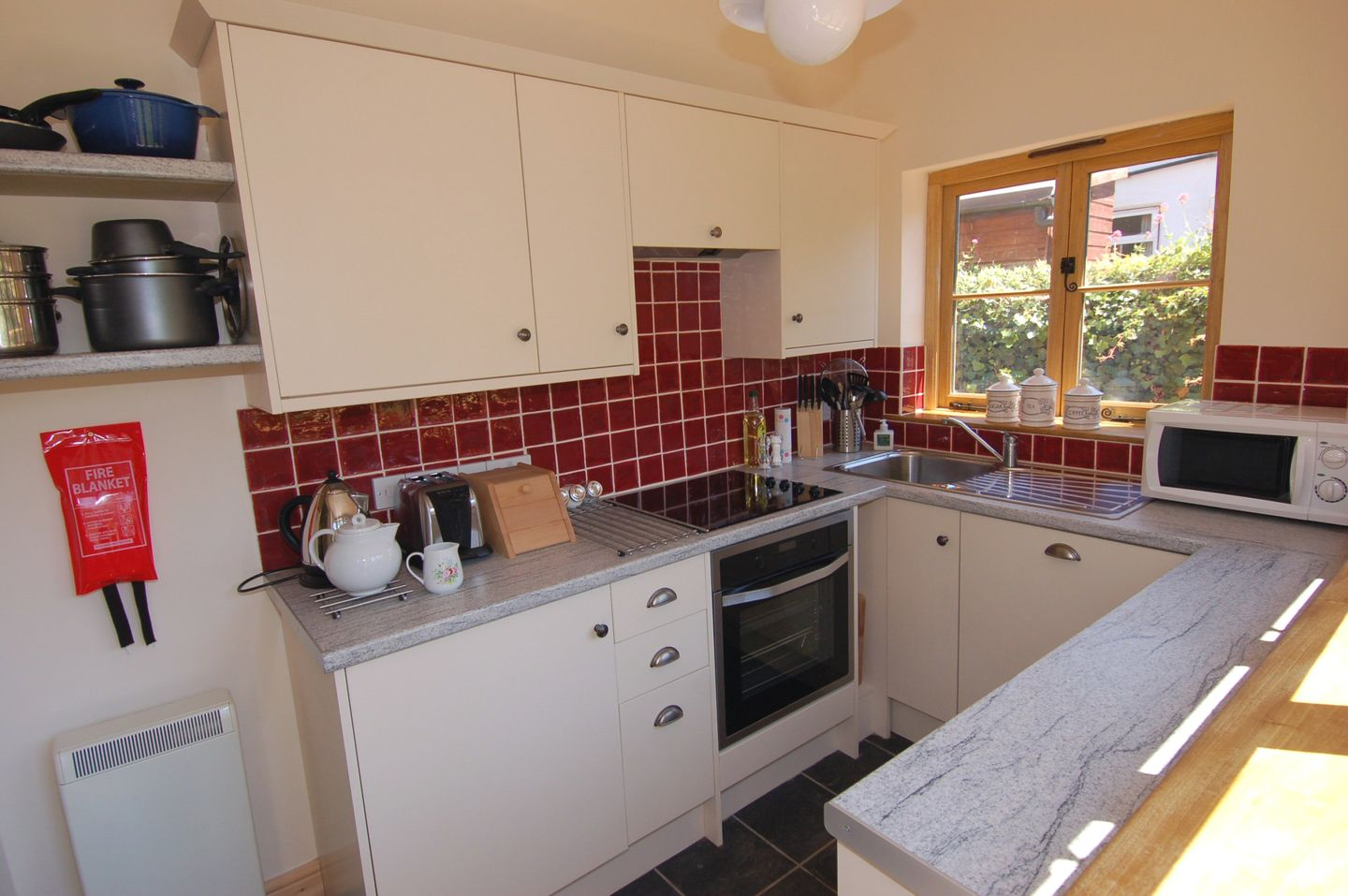 Marley Holiday Cottage Porlock Modern Kitchen