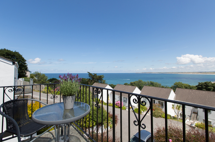 Holiday Cottage Reviews for Mordros - Cottage Holiday in Carbis Bay, Cornwall inc Scilly