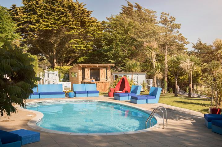 Morryb mawgan porth cornwall inc scilly holiday cottage reviews for Holiday cottage cornwall swimming pool