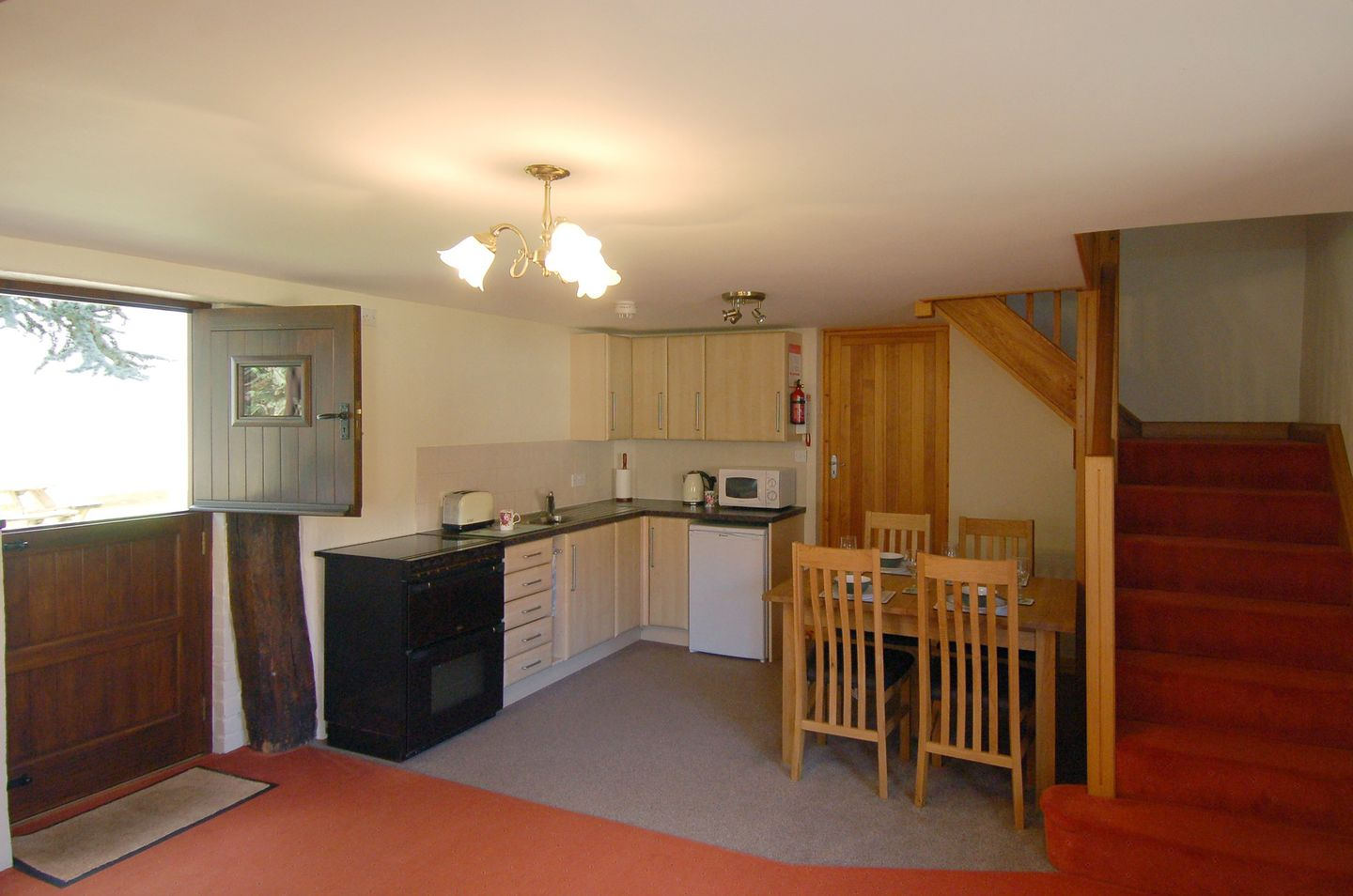 Mulberry Cottage Dunster Kitchen Dining Area