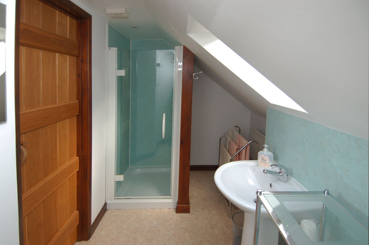 Mulberry Cottage Dunster Shower Room