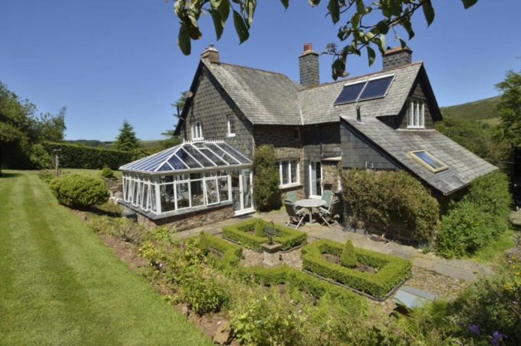 Holiday Cottage Reviews for Oare Manor Cottage - Self Catering in Lynton & Lynmouth, Devon