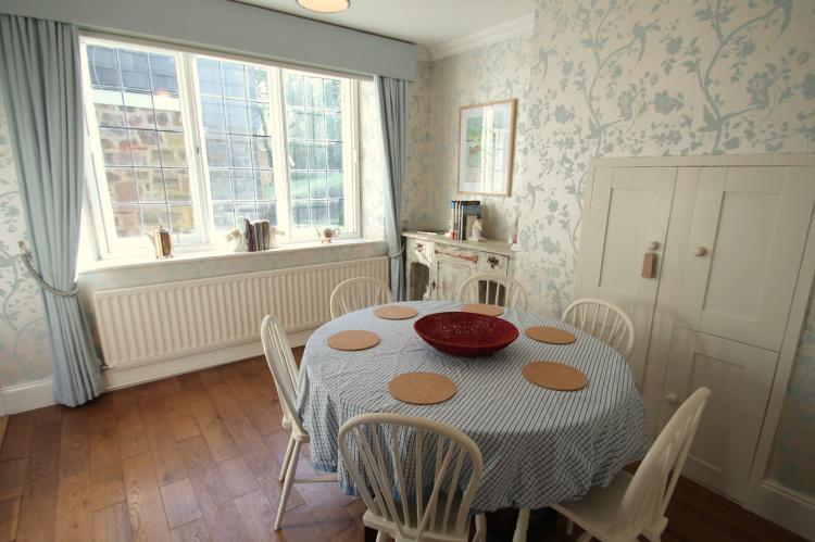 Oare Manor Cottage Lynton9