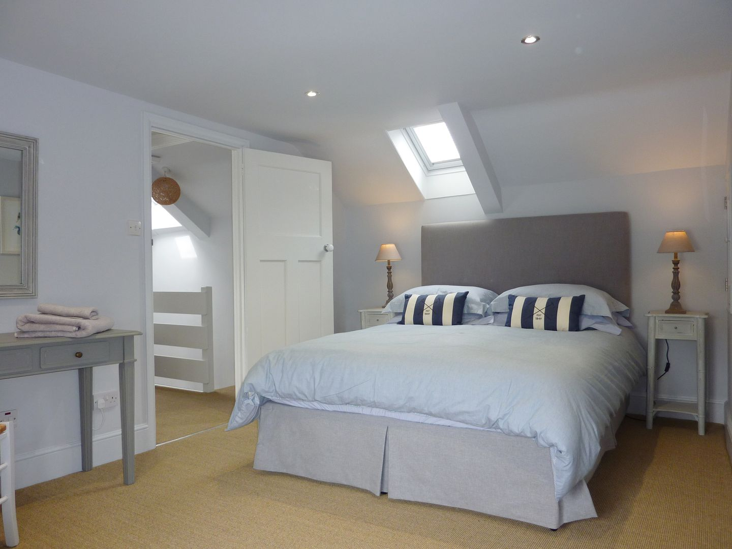 Prydes Cottage St Mawes Double Bedroom