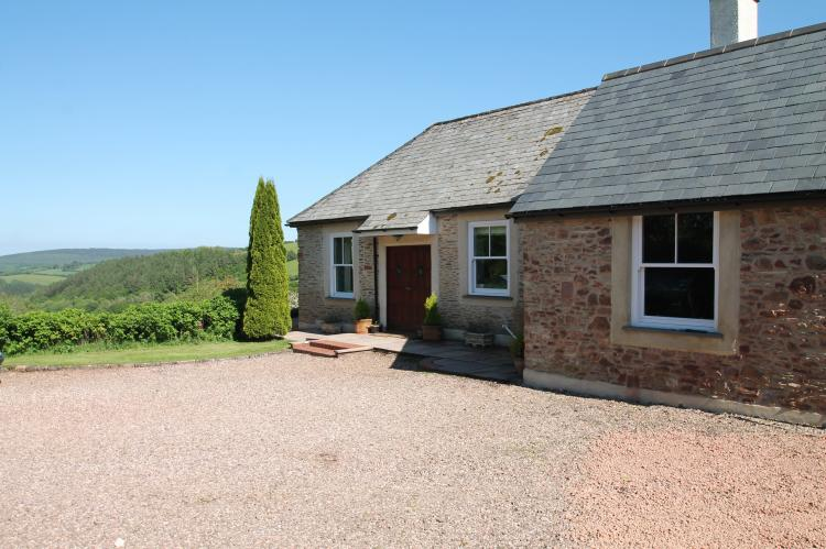 Raleigh Lodge Holiday Cottage Wheddon Cross6
