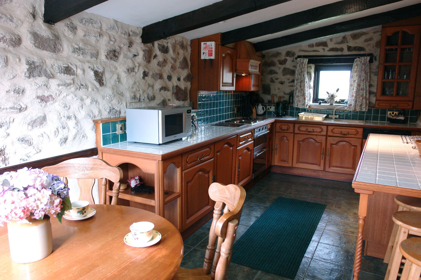 Rockmead Chagford Cottage Kitchen