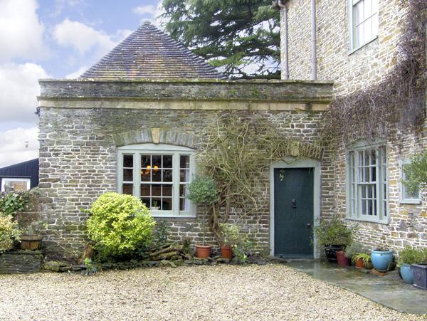 Holiday Cottage Reviews for Hill House Cottage - Holiday Cottage in Templecombe, Somerset