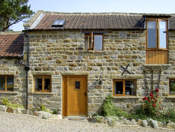 Holiday Cottage Reviews for Granary Cottage - Cottage Holiday in Staintondale, North Yorkshire