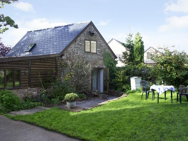 Holiday Cottage Reviews for Pembridge Cottage - Cottage Holiday in Welsh Newton, Herefordshire
