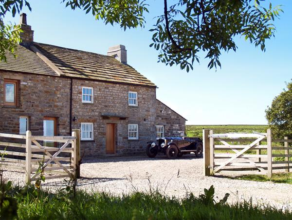 Holiday Cottage Reviews for Lower Croasdale Farmhouse - Self Catering in High Bentham, North Yorkshire
