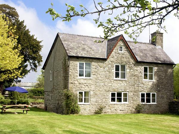 Holiday Cottage Reviews for Court Cottage - Self Catering Property in Walton, Powys