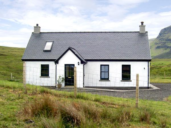 Holiday Cottage Reviews for Ridge End Cottage - Self Catering in Fort William, Highlands