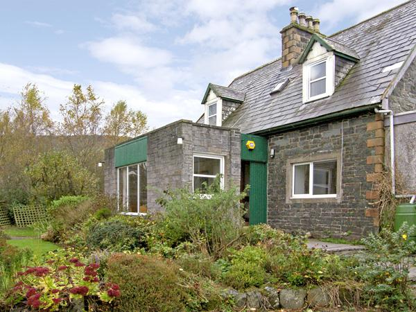 Holiday Cottage Reviews for Nether Barr Farmhouse - Self Catering Property in Newton Stewart, Dumfries and Galloway