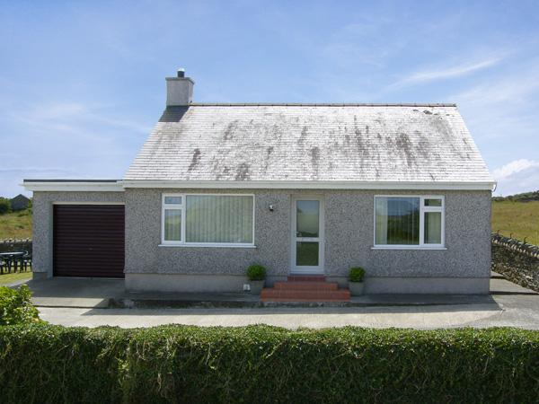 Holiday Cottage Reviews for Rhoslan - Holiday Cottage in Cemaes Bay, Isle of Anglesey
